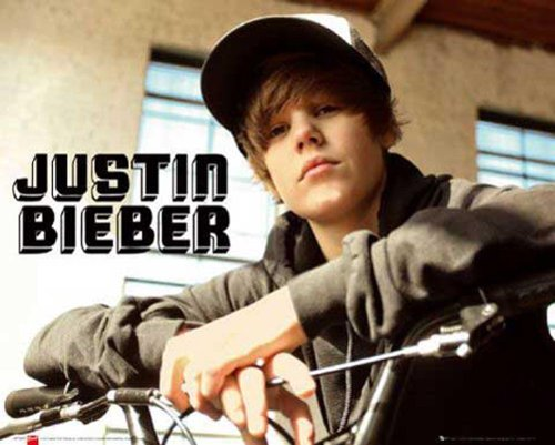 Empire 334022 Bieber, Justin - Bike Mini Poster - 50 x 40 cm von Empire
