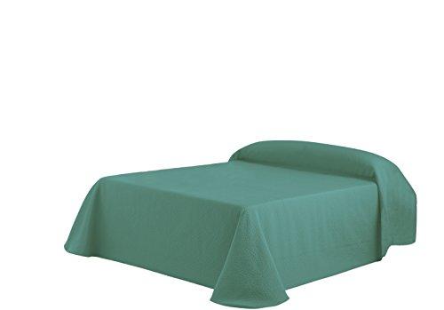 gr n wohndecken und weitere wohntextilien f r wohnzimmer. Black Bedroom Furniture Sets. Home Design Ideas