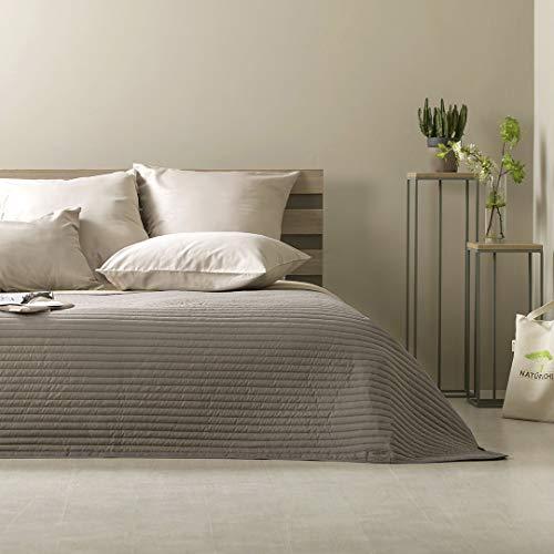 wohndecken und andere wohntextilien von sei design online. Black Bedroom Furniture Sets. Home Design Ideas